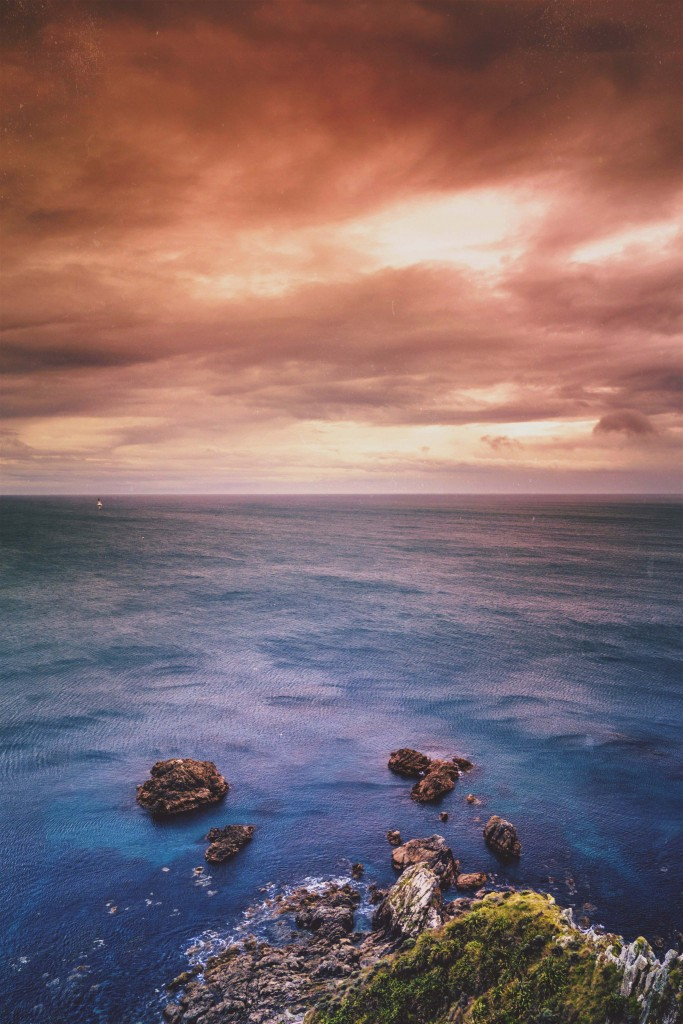 By warming up waters in the Equatorial Pacific and influencing climate and weather much farther away, El Niño reminds us all how interconnected our world really is. Photo by Jonathan Houldsworth, via Snapwire with Creative Commons License